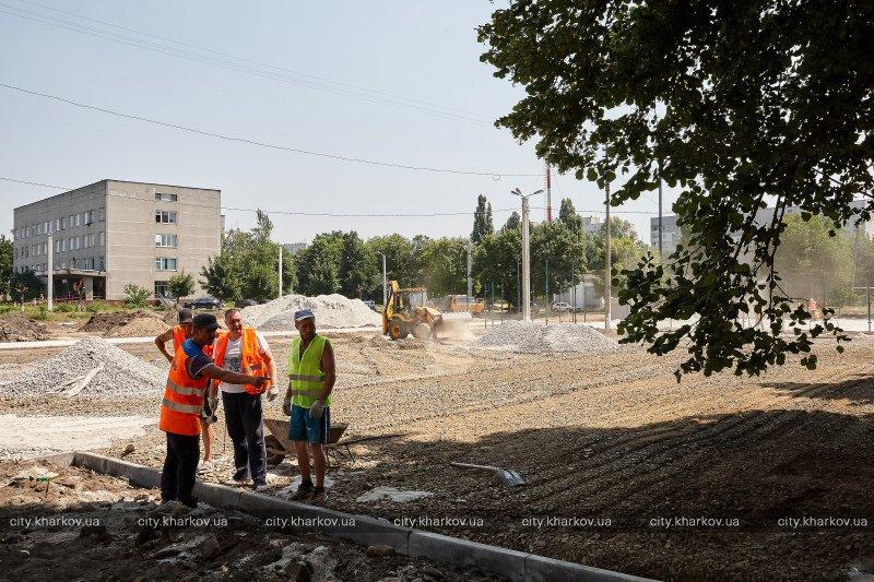 В Новобаварском районе реконструируют стадион (ФОТО)