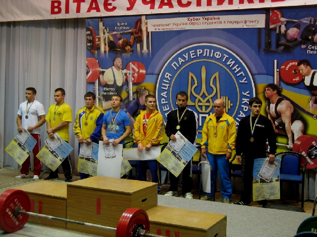 Харьковчане успешно выступили на чемпионате Украины по пауэрлифтингу