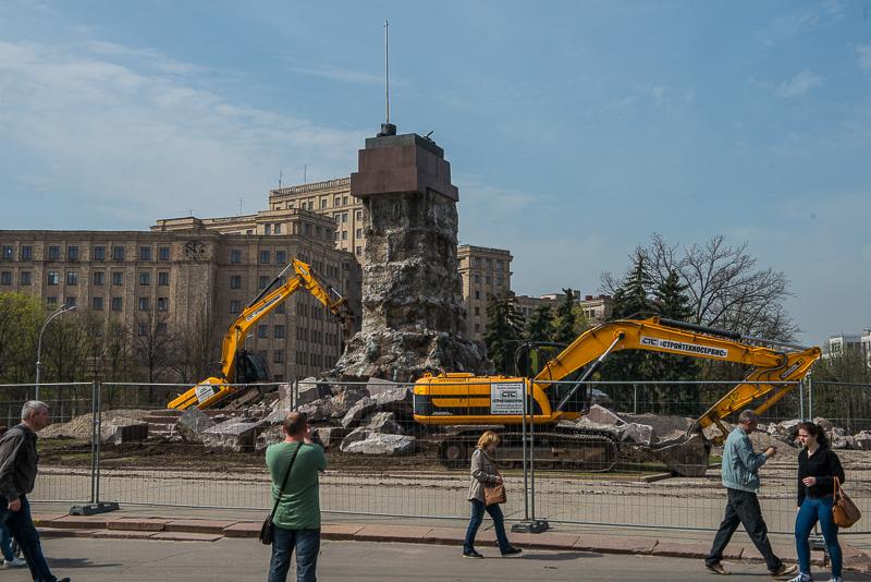 На месте памятника Ленину на площади Свободы строить ничего не планируется