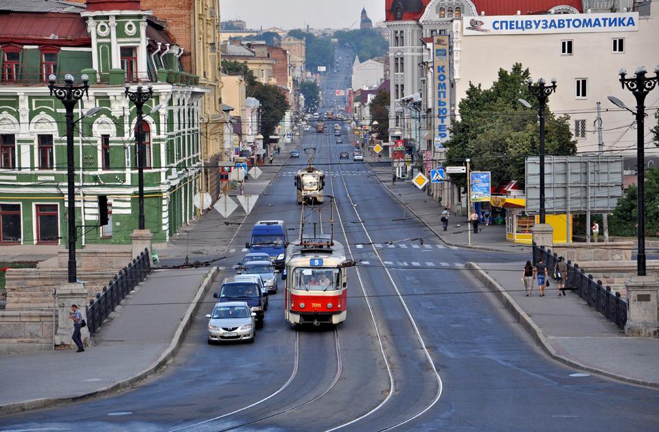 В Харькове приглашают на работу водителем трамвая