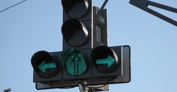 На Московском проспекте реконструируют светофоры