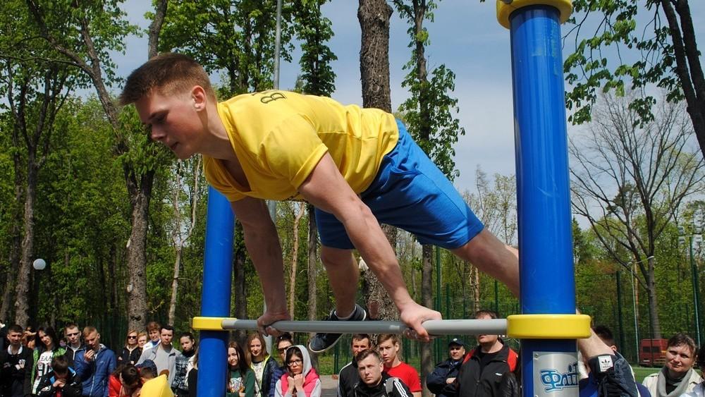 В Харькове открылся  сезон стрит-воркаута