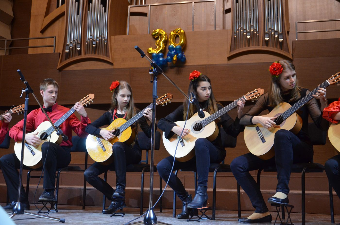 Дитяча музична школа №14 відзначила 30-річчя