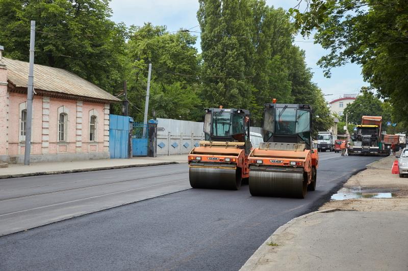 На вулиці Великій Панасівській обмежується рух транспорту