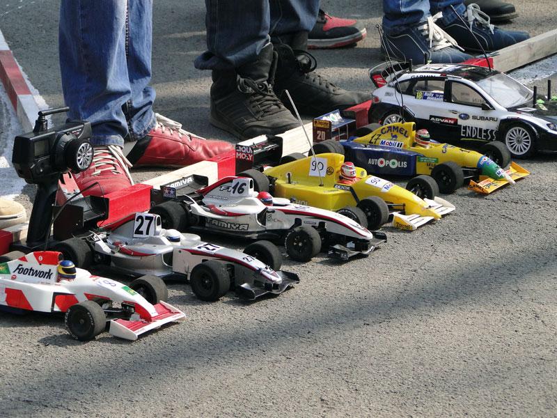 Триває реєстрація на змагання з автомодельного спорту