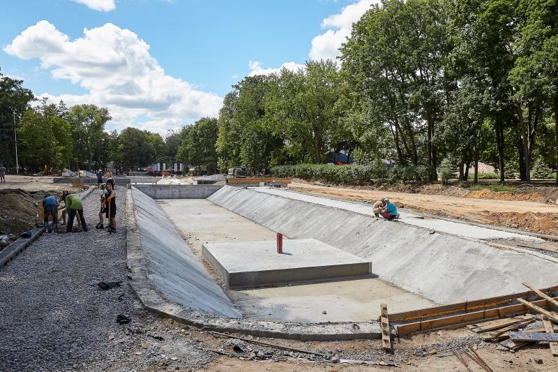 Реконструкція саду Шевченка йде повним ходом