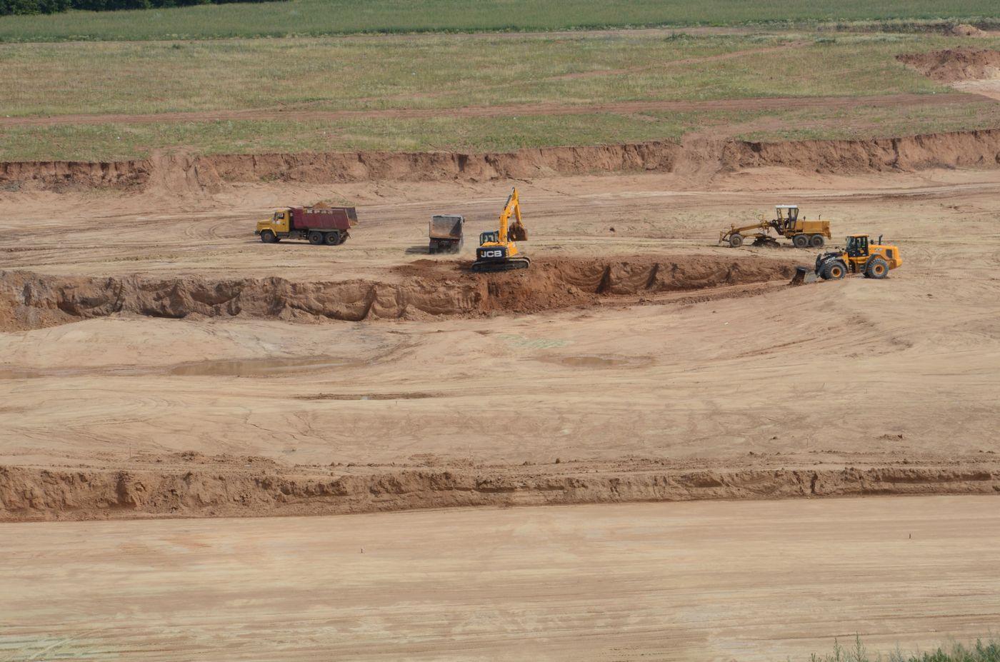 Під Харковом йде будівництво першого в Україні сміттєпереробного комплексу