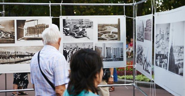 У парку Горького відкрилася фотовиставка, присвячена визволенню Харкова