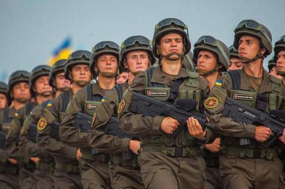 Геннадій Кернес вітає військовослужбовців з Днем Збройних сил України
