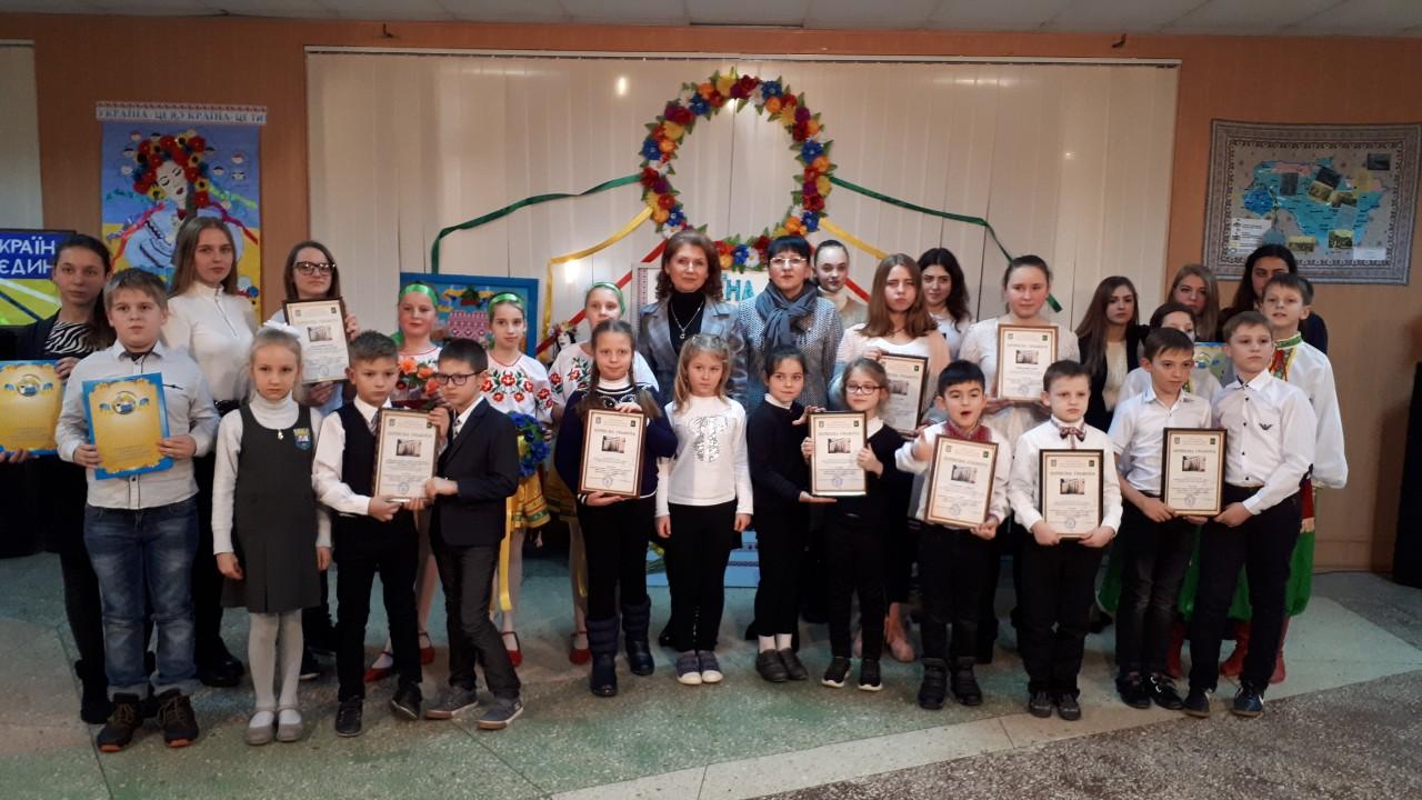 В Индустриальном районе прошел творческий конкурс среди школьников ко Дню Соборности