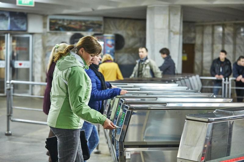 У Харкові встановили нові тарифи на проїзд у метро, трамваях і тролейбусах