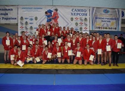 Харківські самбісти завоювали 13 золотих медалей на чемпіонаті України