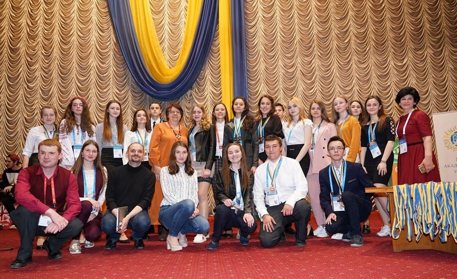 Харківські школярі перемогли на Всеукраїнському конкурсі-захисті наукових робіт