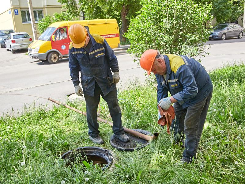 «Харківводоканал» просить харків'ян не засмічувати каналізаційні труби
