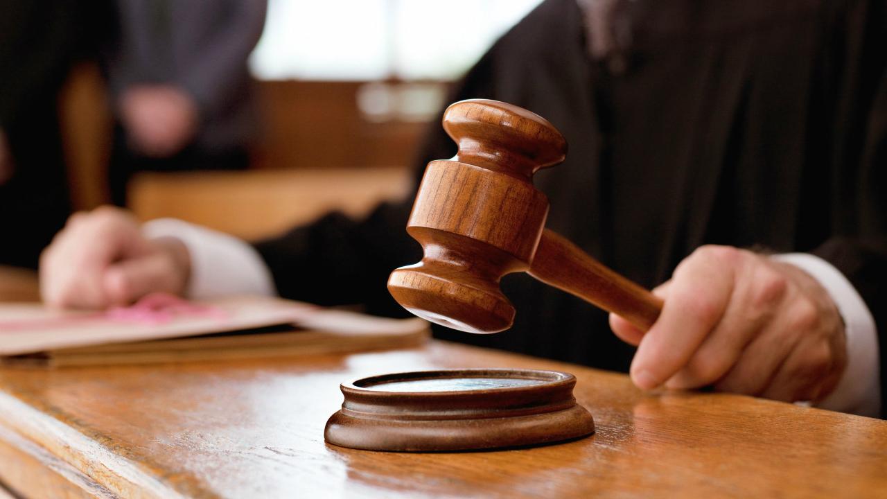 Рішення по ситуації з наметом на площі Свободи прийме суд