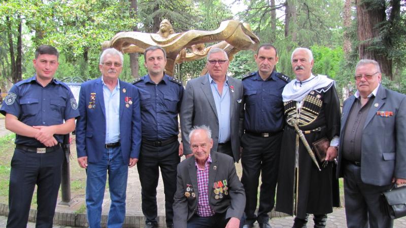 Харківські ліквідатори привітали кутаїсців з Днем Незалежності Грузії